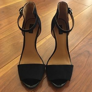 Zara Black Basic Sandals